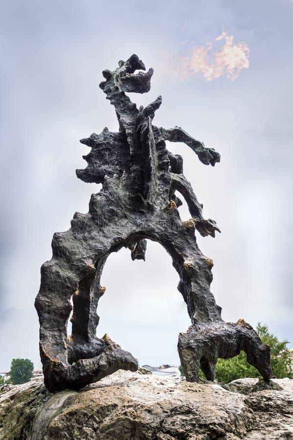 Дракон Wawel, Краков, Польша стоковые фото