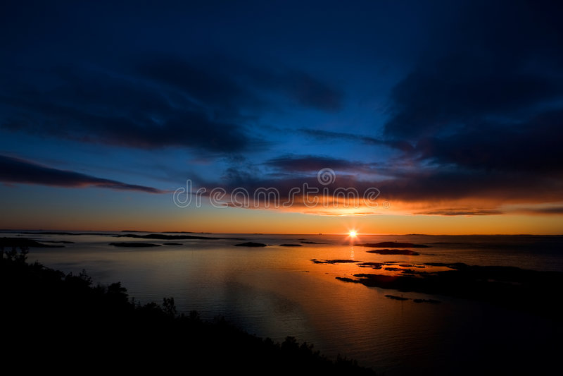 драматический заход солнца океана стоковая фотография rf
