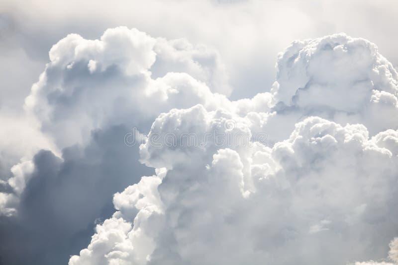Драматическое небо с бурными облаками стоковые изображения rf