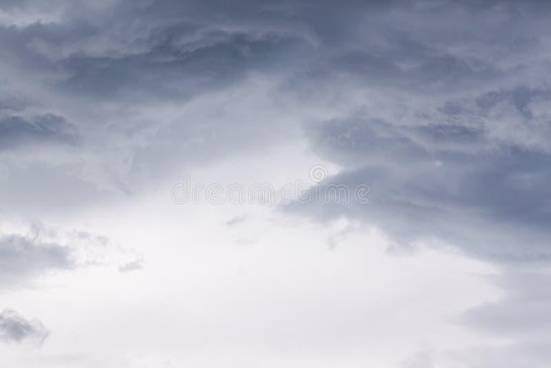 Драматическое Cloudscape от урагана Мэттью стоковая фотография