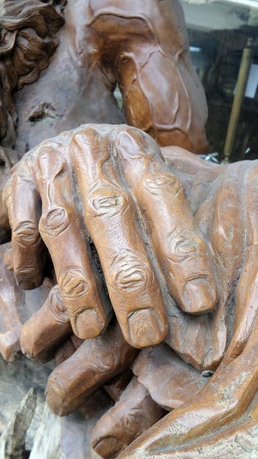 Древесина руки csrving стоковая фотография rf