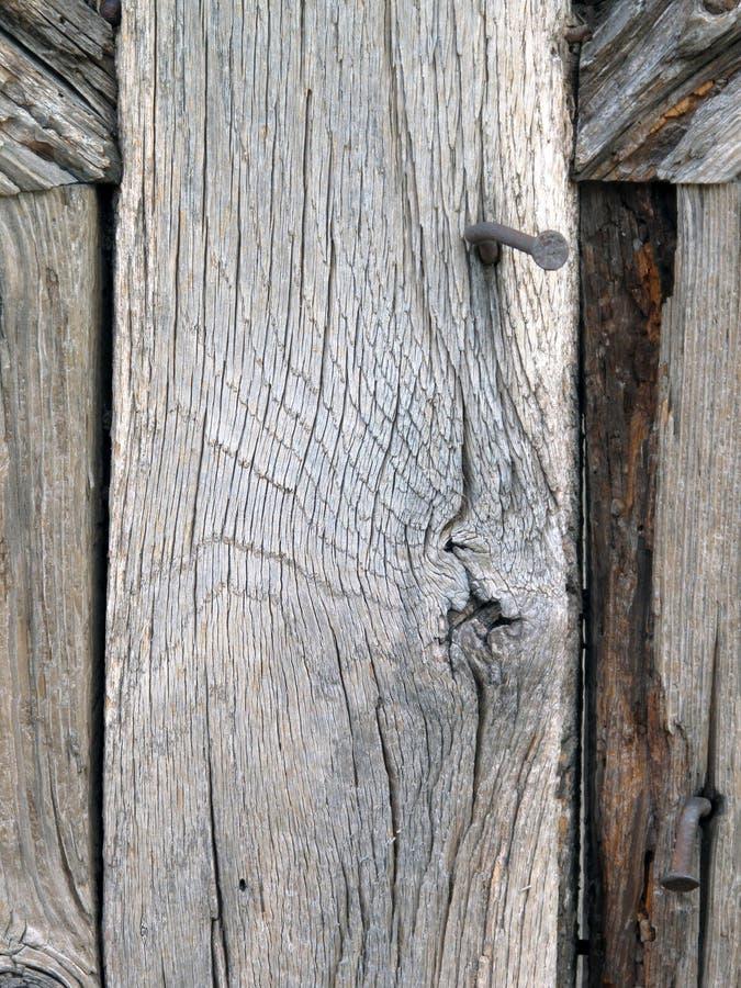 Древесина с ногтями стоковые фото