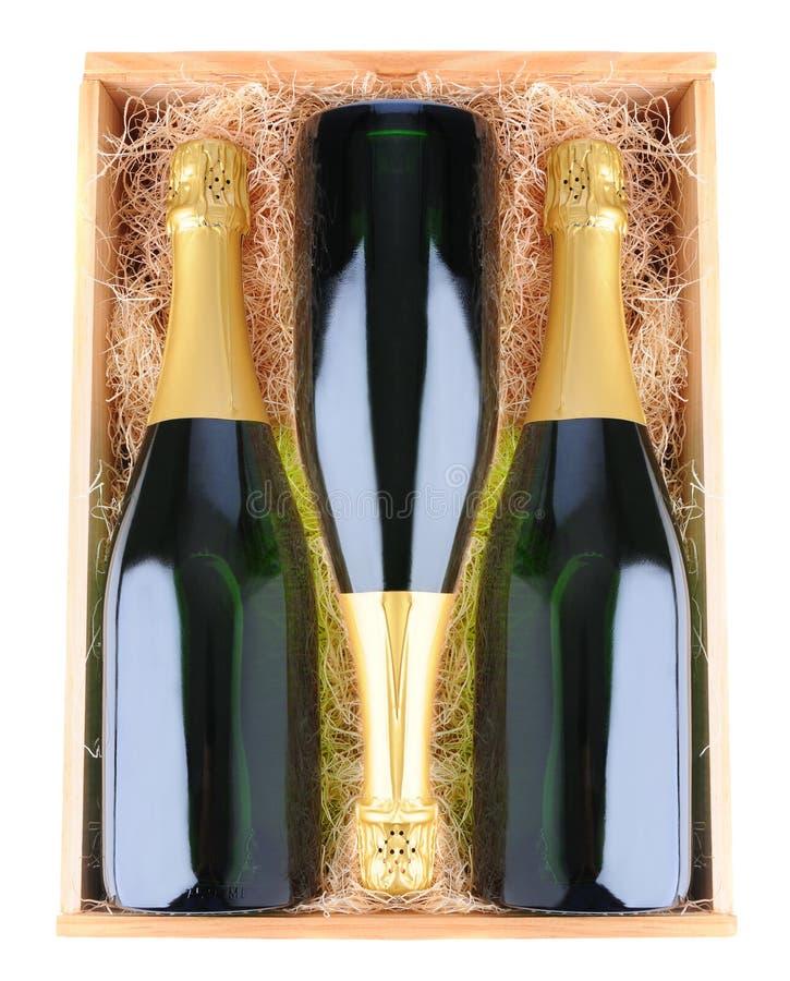 древесина шампанского случая бутылок стоковая фотография