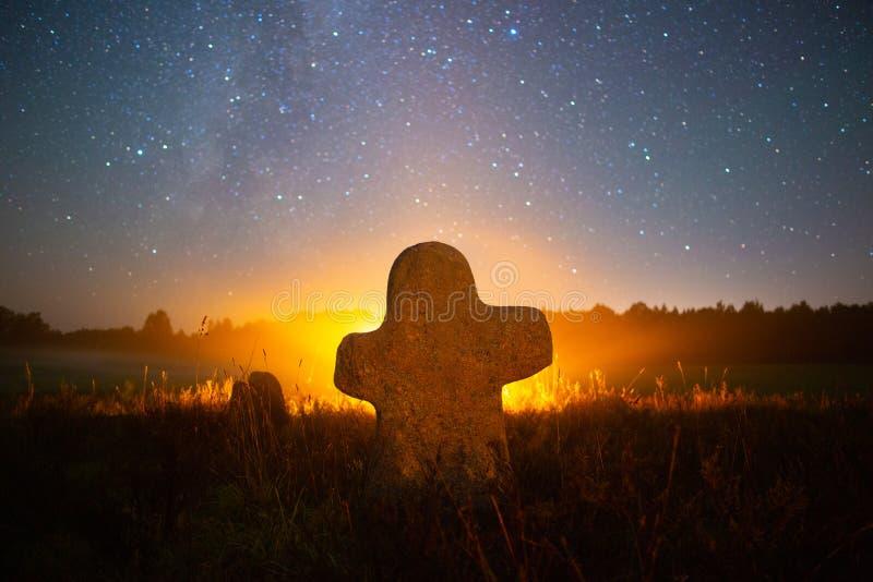Древнее кладбище стоковые фото