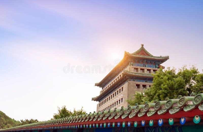 Древние здания на улице Цяньмэнь, Пекин стоковая фотография rf