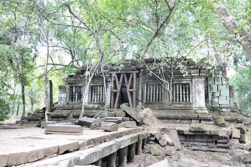 Древний город в джунглях, Beng Mealea стоковое изображение