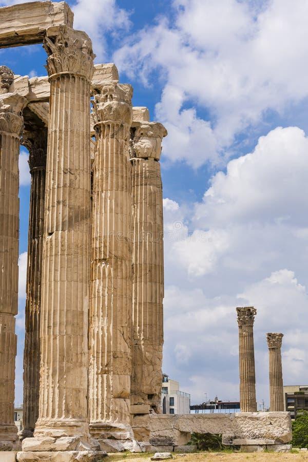 Древний храм Зевса олимпийца, Афин, Греции стоковое изображение