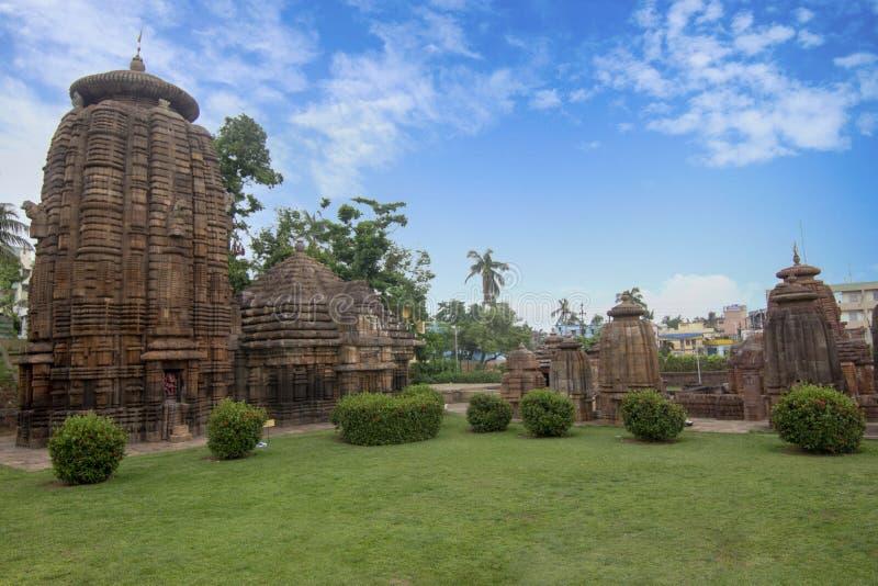 Древний храм Shiva Siddheshwar расположен внутри предпосылки виска Mukteswar Bhubaneswar, Odisha, Индия стоковые фотографии rf