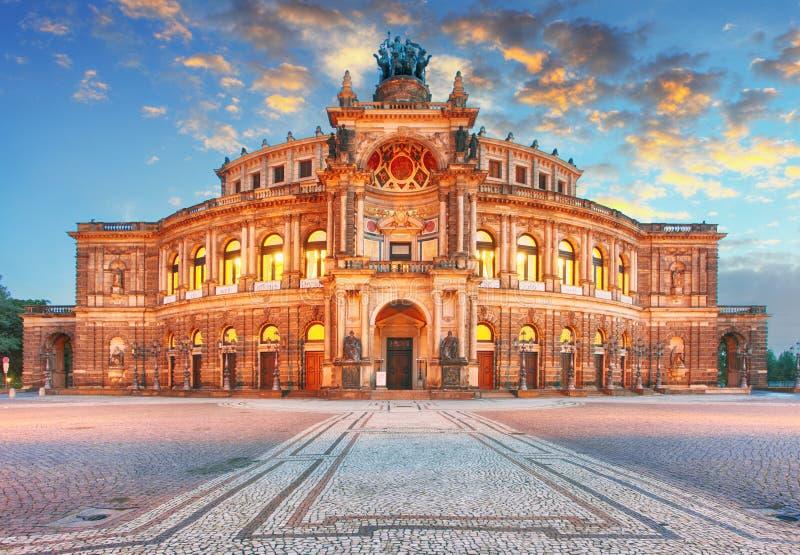 Дрезден - Semperoper, Германия стоковое изображение