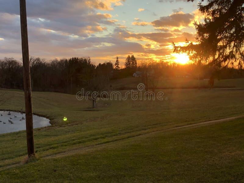 Другой красивый заход солнца стоковые фото