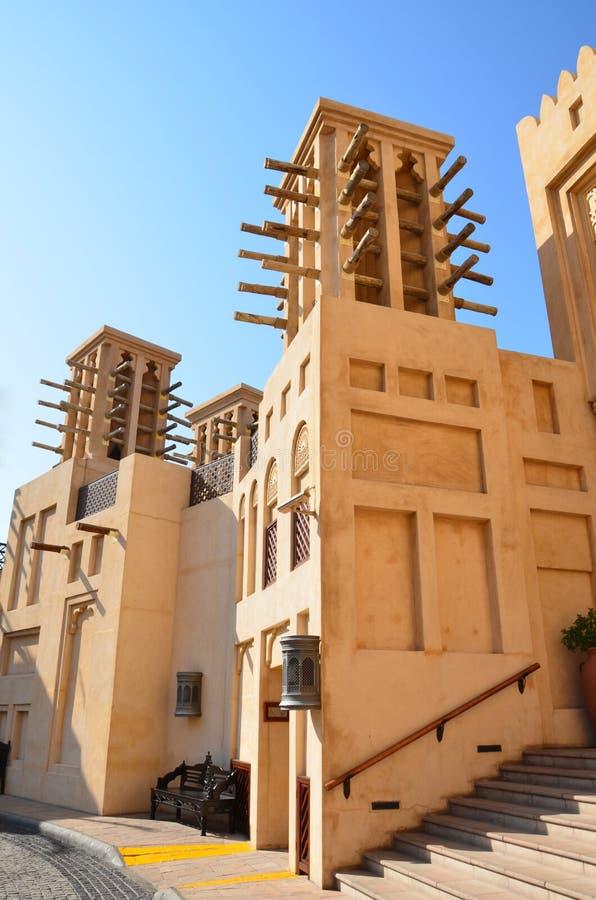 Дубай возвышается ветер UAE стоковое фото rf