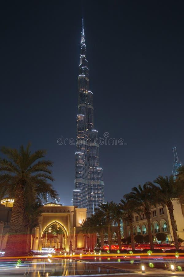ДУБАЙ, ОАЭ - 11-ОЕ МАЯ 2016: Башня Burj Khalifa на ноче стоковая фотография rf