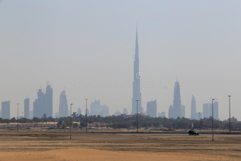 Дубай от другой стороны стоковые изображения rf