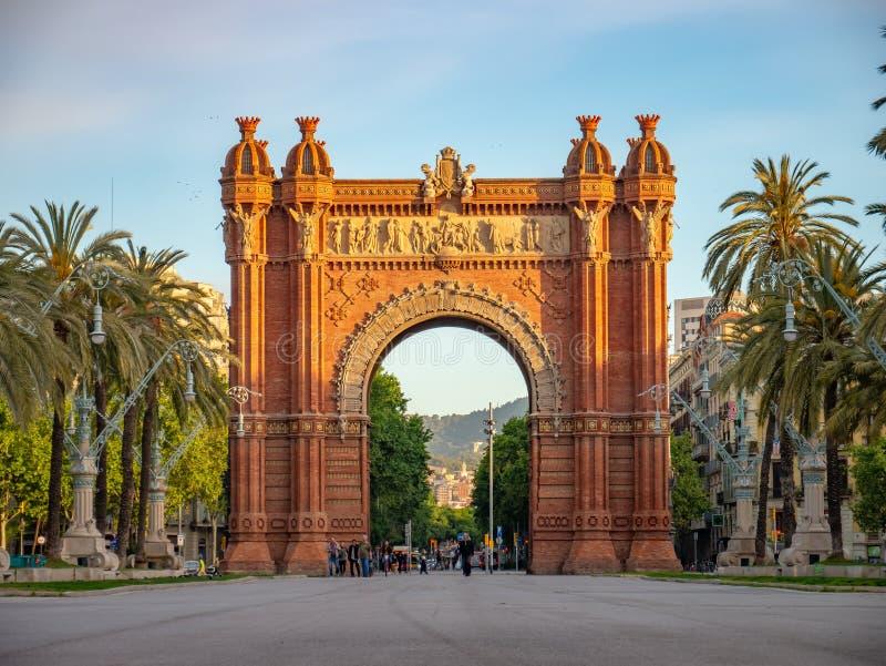 Дуга de Triomf триумфальный свод в городе Барселоны стоковые изображения