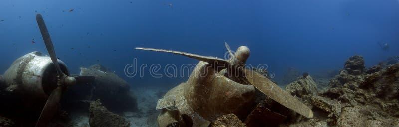Дуглас Дакота DC3 - развалина C47 подводная стоковые фотографии rf