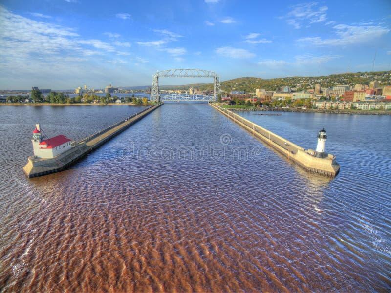 Дулут и Lake Superior в летнем времени стоковые фотографии rf
