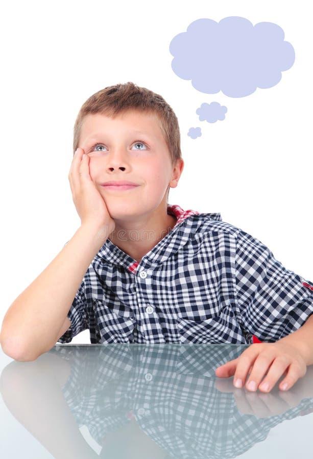думать мальчика малый стоковые изображения rf