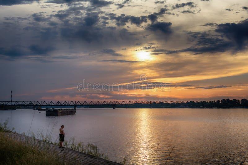 Дунай и мост Pancevo в Белграде, Сербии стоковые фото