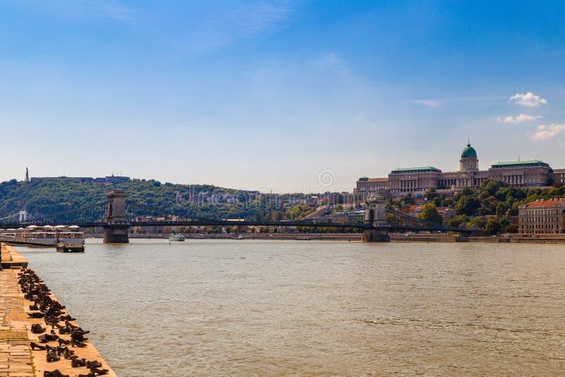 Дунай и ориентир ориентиры в Будапеште стоковая фотография rf