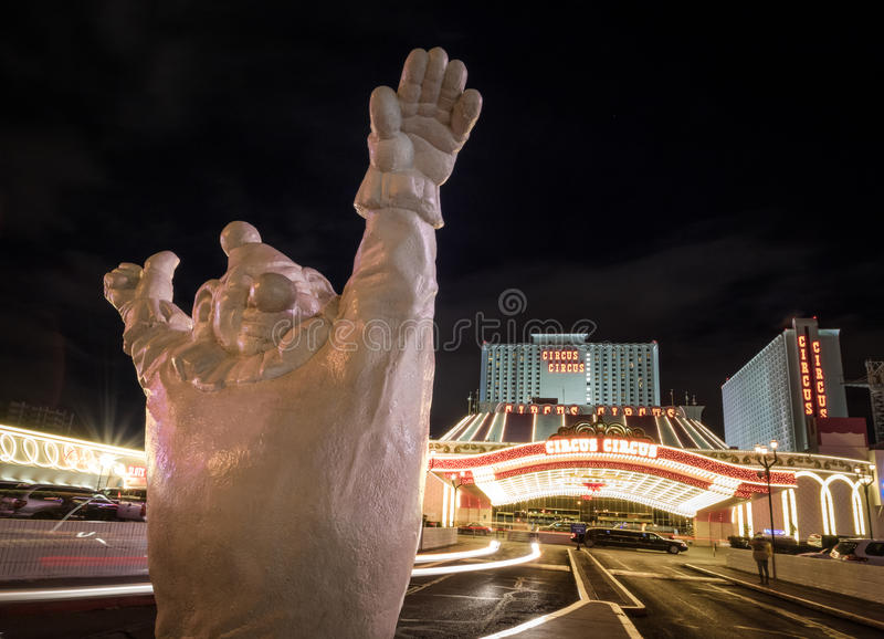 Дурачьтесь на входе на ноче - Лас-Вегас гостиницы и казино цирка цирка, Неваде, США стоковые фото
