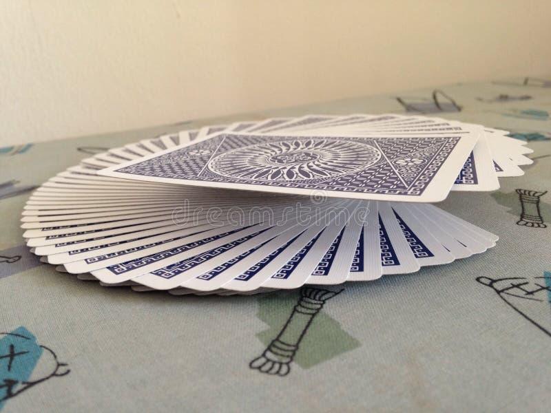 Дуть играя карточки стоковое изображение rf