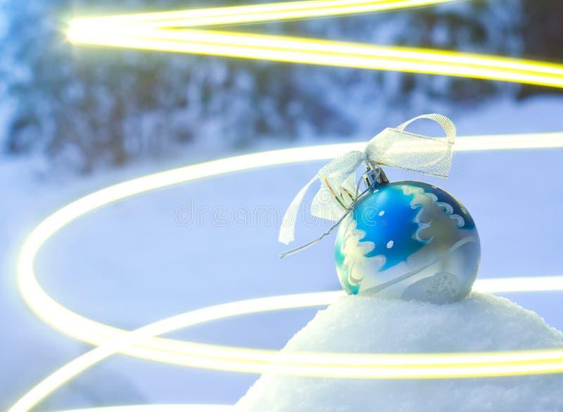 Дух праздника с игрушкой Кристмас стоковые изображения rf