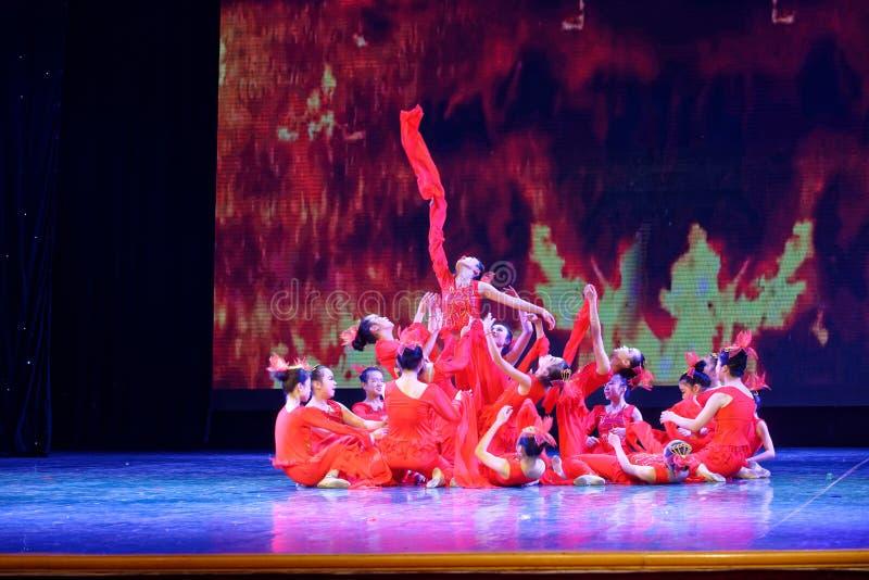 Дух танца ` s детей испытания академии танца Пекина огня сортируя выставки Цзянси достижения выдающего уча стоковая фотография
