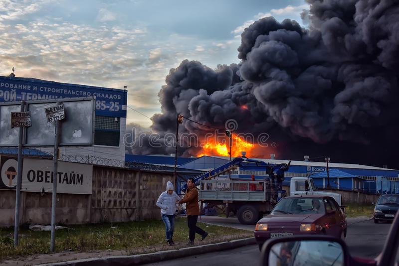 Душа дым и сажа в огнях стоковое изображение