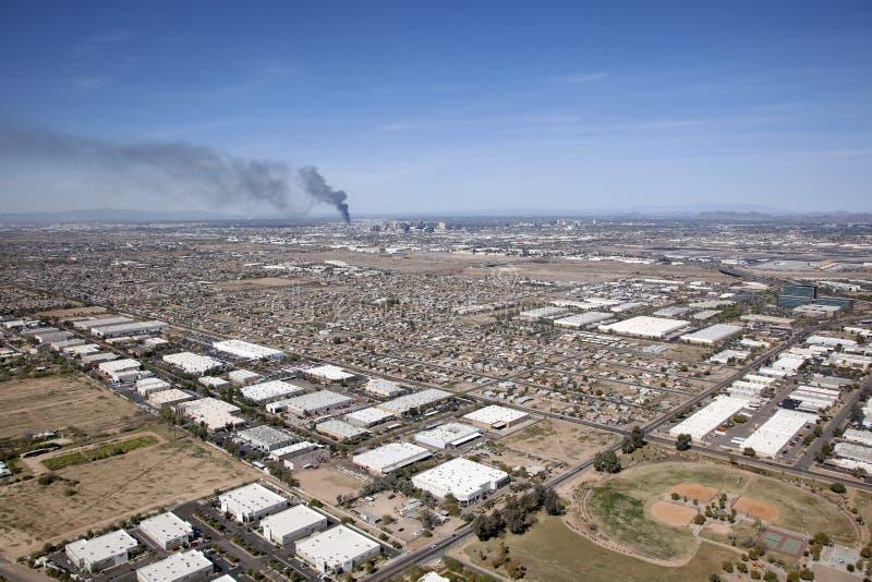 Дым от дистантного огня стоковая фотография