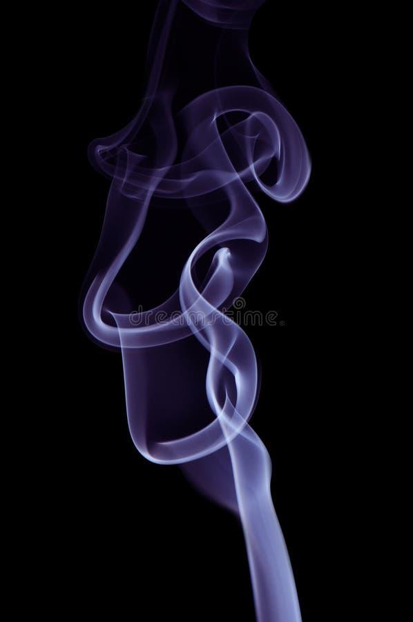 дым предпосылки черный голубой стоковое изображение