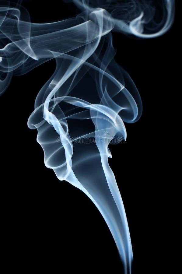 дым предпосылки черный голубой стоковые изображения
