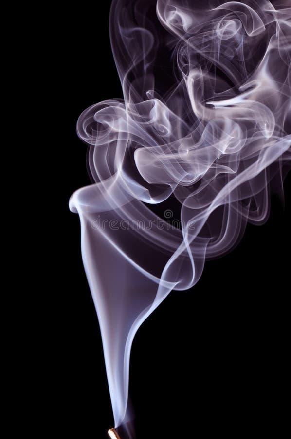 дым предпосылки черный голубой стоковые изображения rf