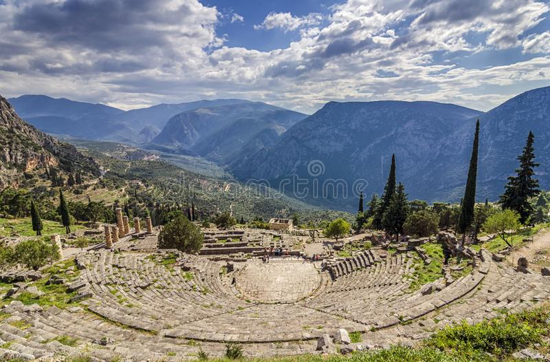 Дэлфи, Phocis/Греция Старый театр Дэлфи стоковое фото rf