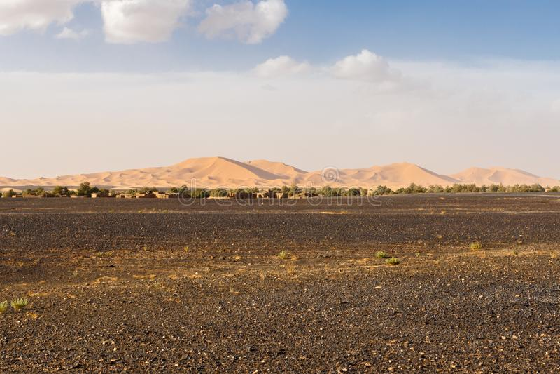 Дюны эрга Chebbi около Merzouga стоковые фотографии rf