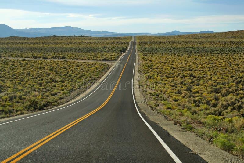 Download Длинный путь, который нужно достигнуть к гранд-каньону Стоковое Фото - изображение насчитывающей сценарно, естественно: 41653042