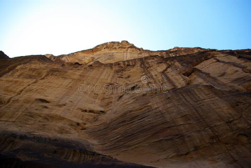 Длинный путь к Petra Иордан стоковое изображение rf