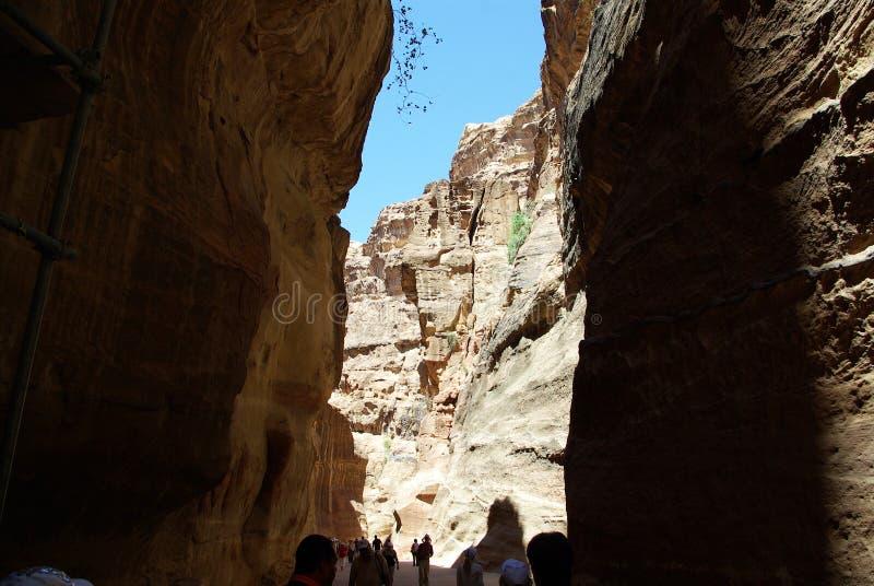 Длинный путь к Petra Иордан стоковое изображение