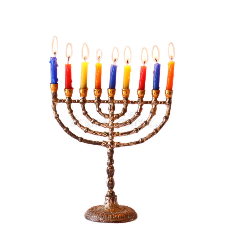 Еврейская предпосылка Хануки праздника при свечи menorah горящие изолированные на белизне стоковые изображения