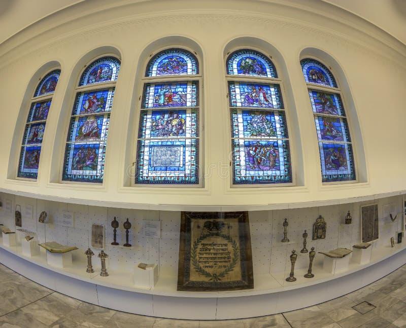 Еврейские объекты поклонению внутри музея, Будапешта, Венгрии стоковые изображения rf