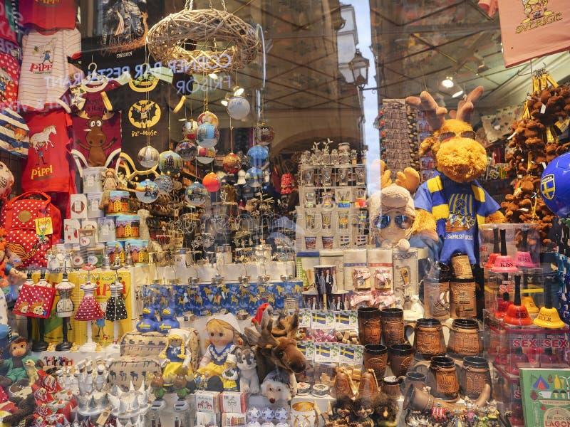 Европейские столицы Магазины Стокгольма туристские стоковое изображение