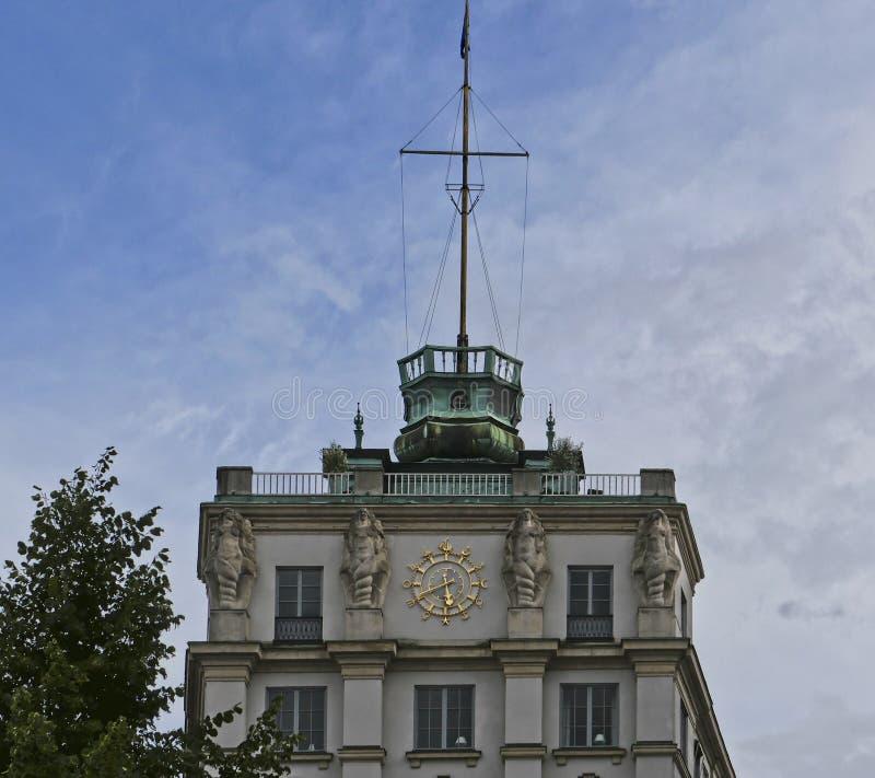 Европейские столицы Стокгольм современный и старинные здания стоковые фотографии rf