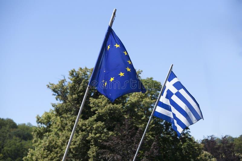 Европейский флаг с флагом Греции стоковая фотография