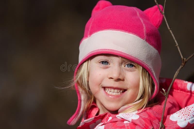 девушка меньшяя зима стоковая фотография rf