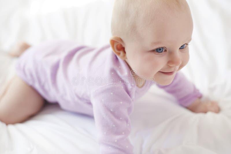 девушка младенца милая стоковые изображения rf
