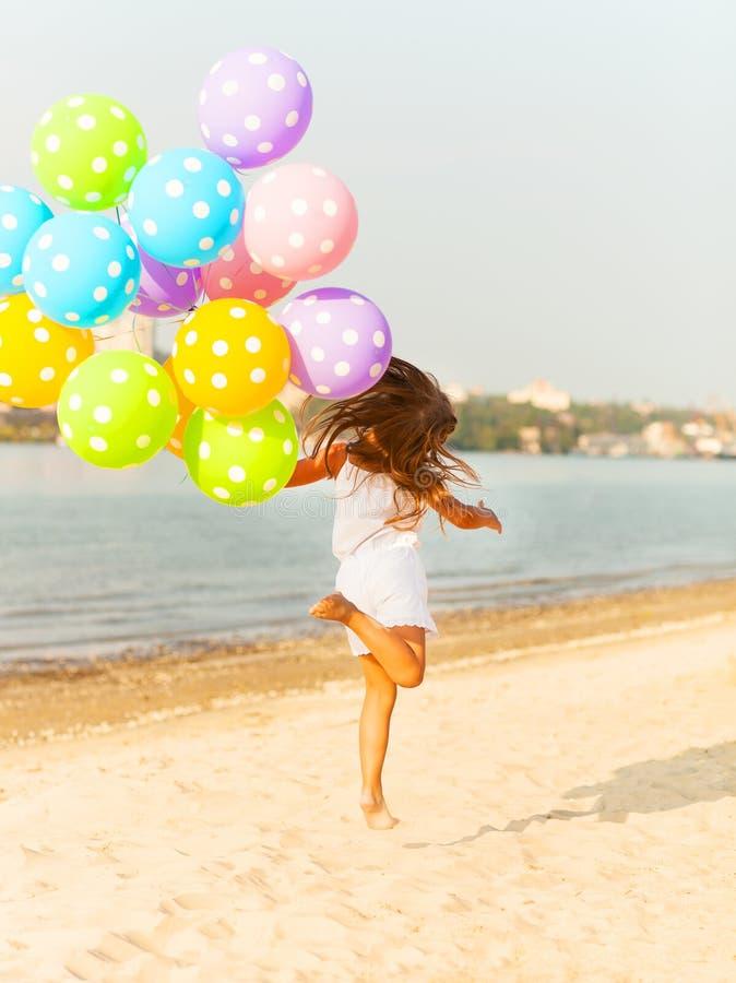 обуславливается картинка отпуск с шариками нас лугу последний