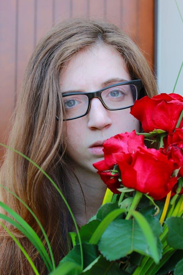 Download девушка стоковое фото. изображение насчитывающей teen - 41661130