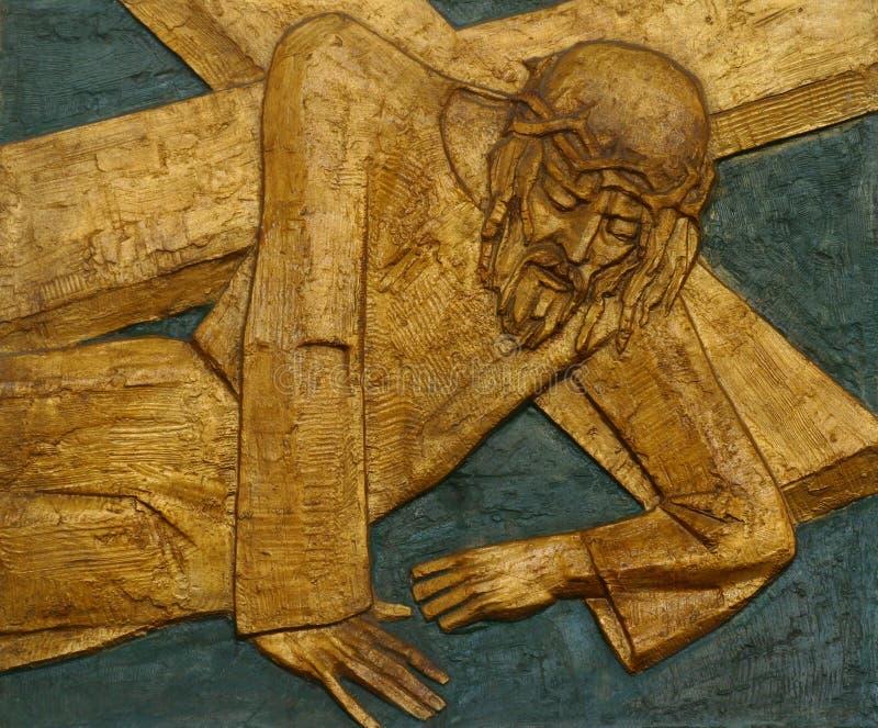 девятая станция креста, Иисус падает the third time стоковое фото rf