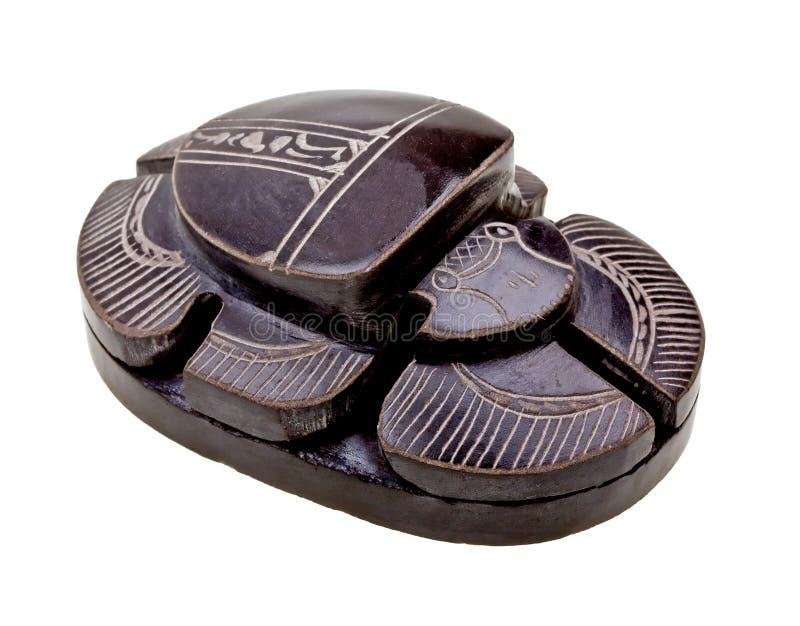 египетская изолированная ритуальная белизна скарабея стоковое фото rf