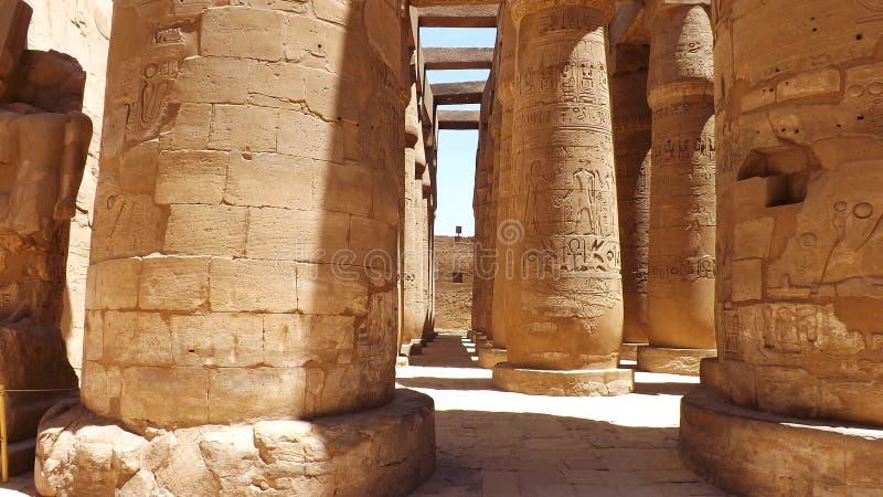 Египетская сила двор святейший luxor колонок большинств бортовой висок стоковые изображения rf