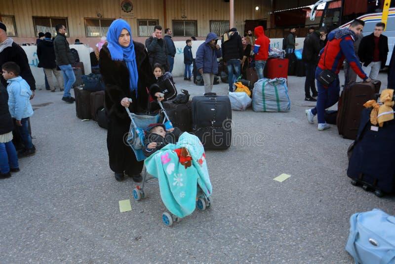 Египетские власти открывают заново единственное скрещивание пассажира между Газа и Египтом в обоих направлениях сегодня стоковые фотографии rf